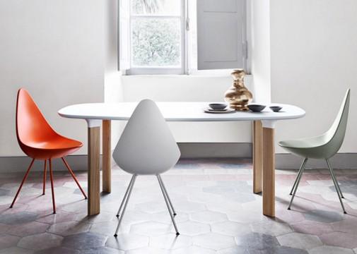 Neobični sto i stolice slika2