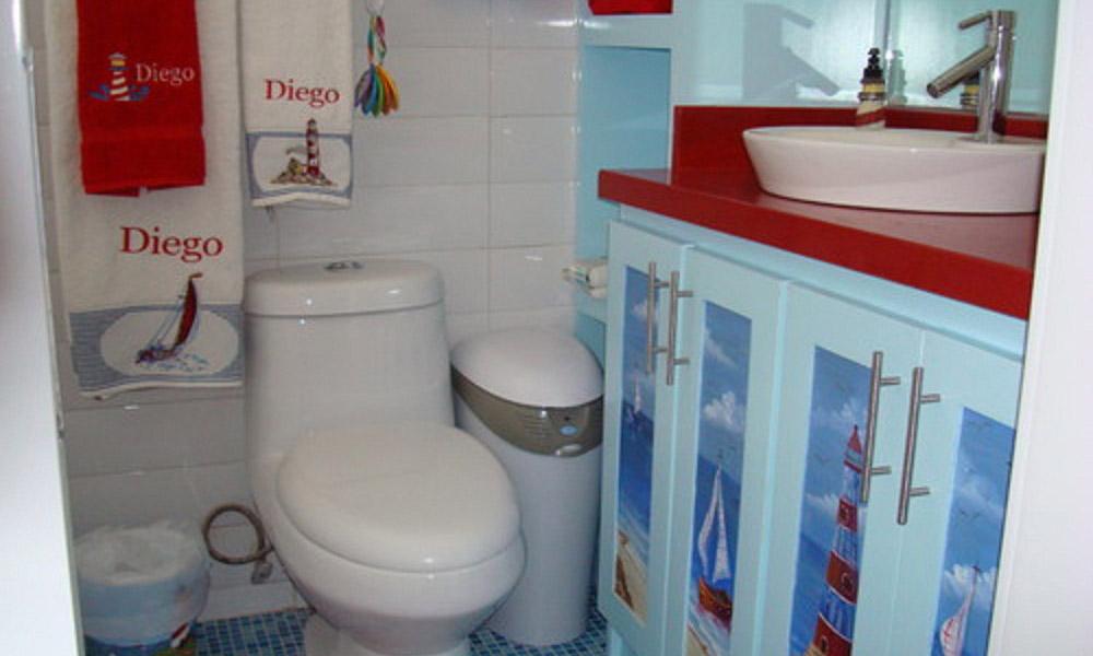 Uredite kupatilo sa morskim motivima