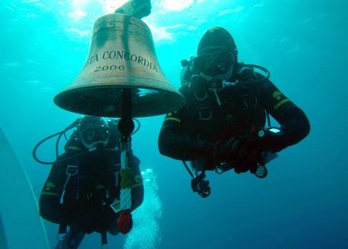 Olupina Costa Concordia slika 2