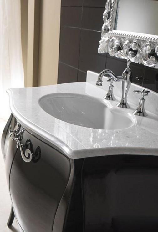 Luksuz klasicnog kupatilskog namestaja