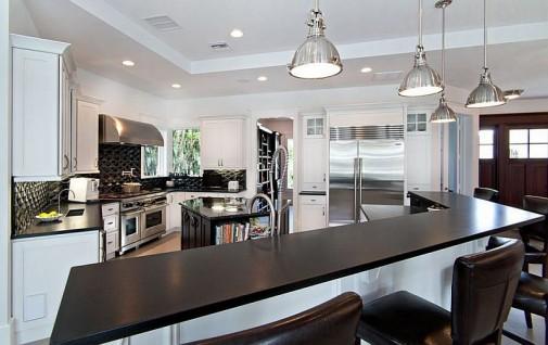 crno-bele kuhinje