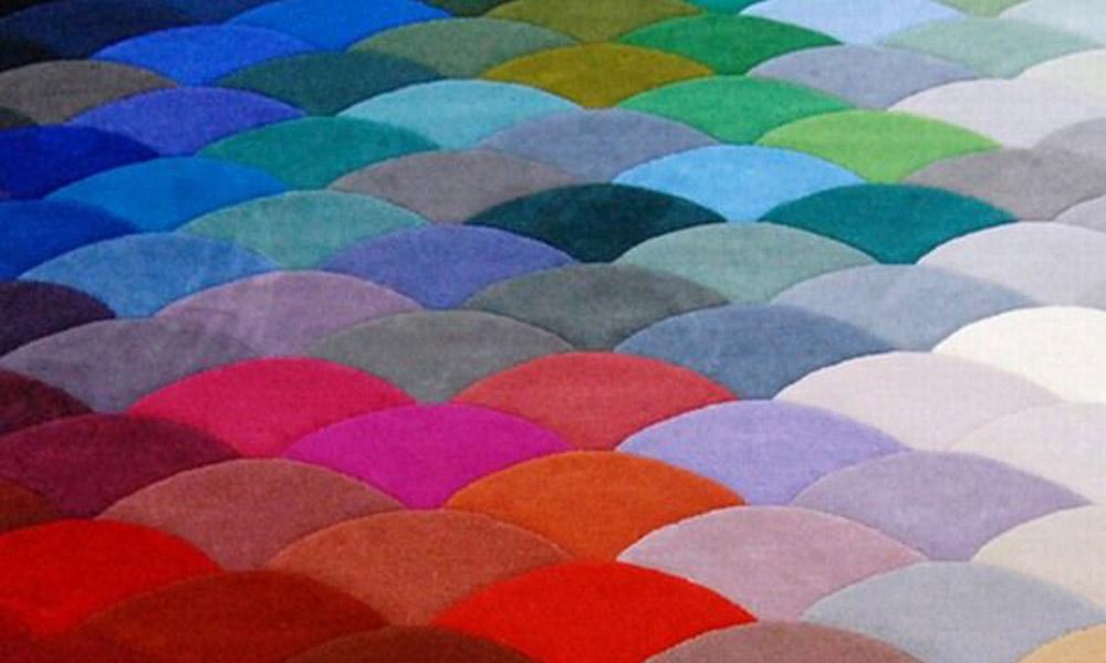 Ručno rađen tepih za eksploziju boja