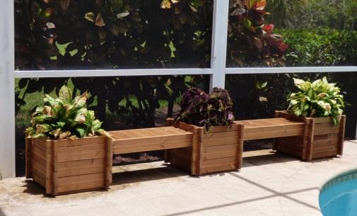 Pametna rešenja koja štede prostor u malim baštama i na balkonima