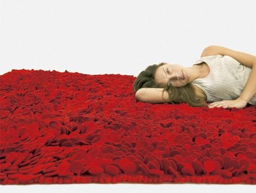 Tepih kao od latica ruža