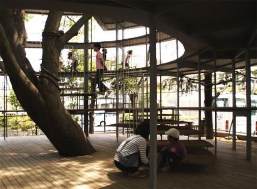 Objekat oblikovan oko drveta 3