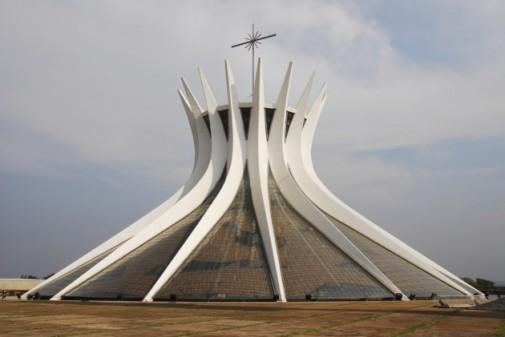 Katedrala Metropolitana Nossa Senhora Aparecida u Braziliji