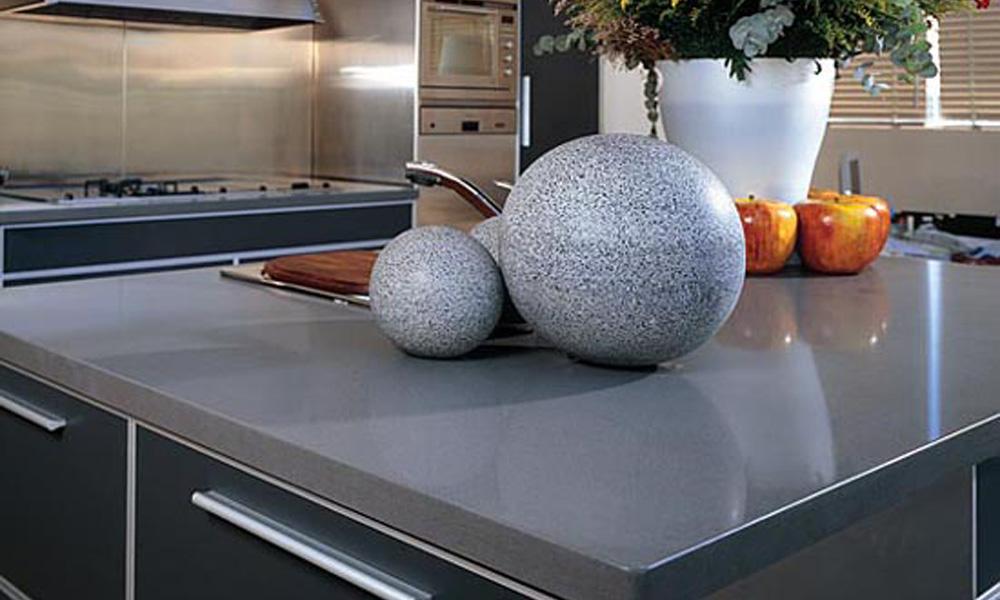 Kuhinjska radna površina od prirodnog kamena