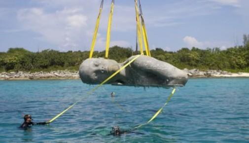 Podvodna statua 3