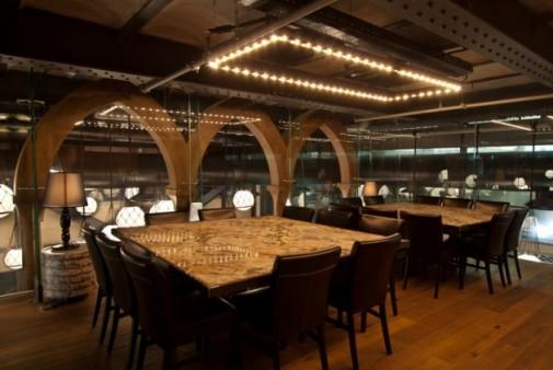 Zavirite u enterijer restorana Starac i more