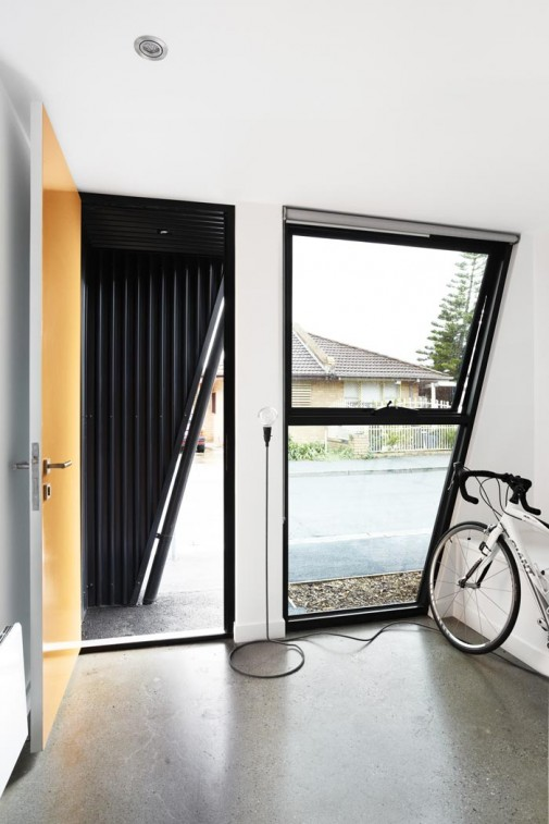 Provokativan dizajn doma preoblikuje australijsko urbano tkivo 3
