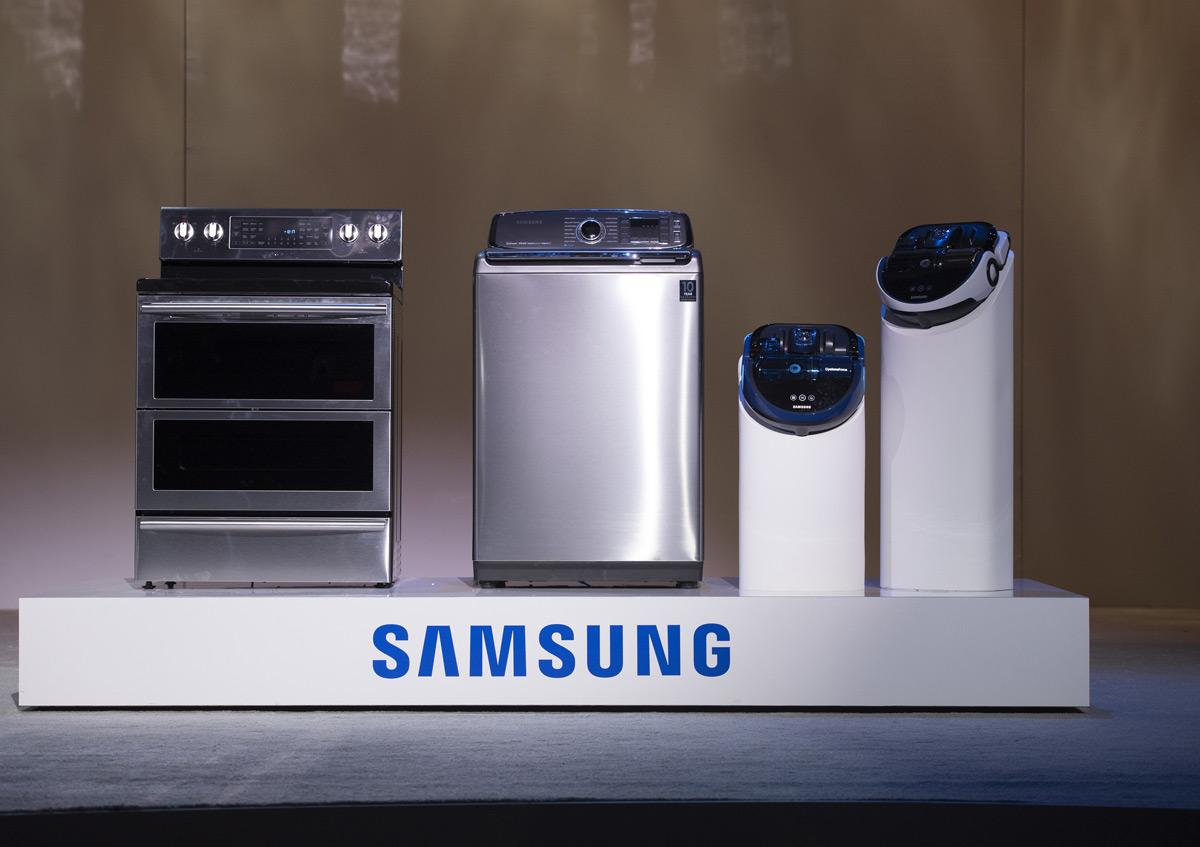 Samsung-CES-2015-02