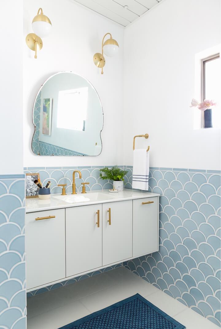 Master_Bathroom_Mid_Century_Blue_Emily_Henderson1