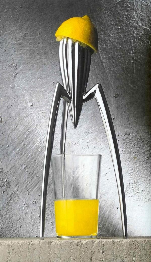 attractive-juicer-design-600x1038