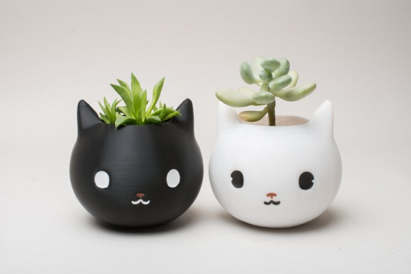 cute-cat-face-planters-600x400