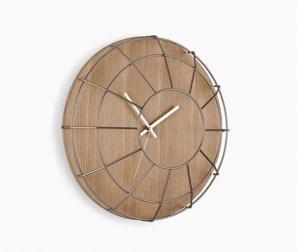 metal-grate-wooden-wall-clocks-for-sale-600x509