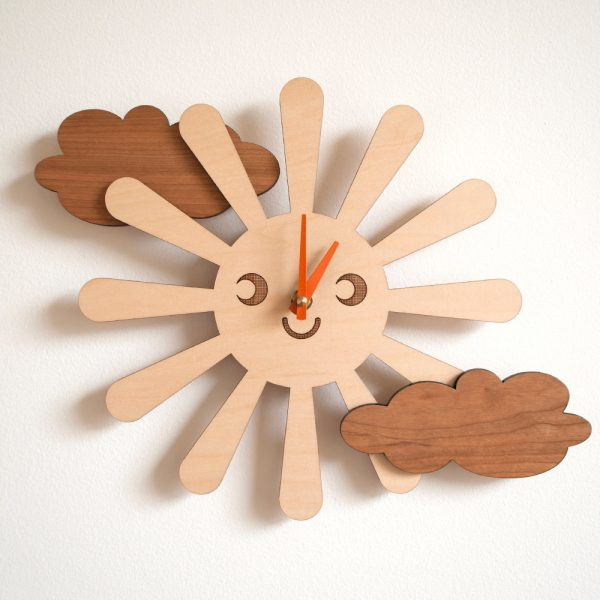 sun-and-clouds-wooden-childrens-clocks-wall-600x600